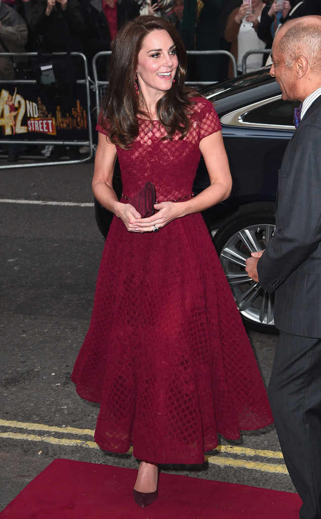 rs 634x1024 170404111833 634.Kate Middleton JR 040417